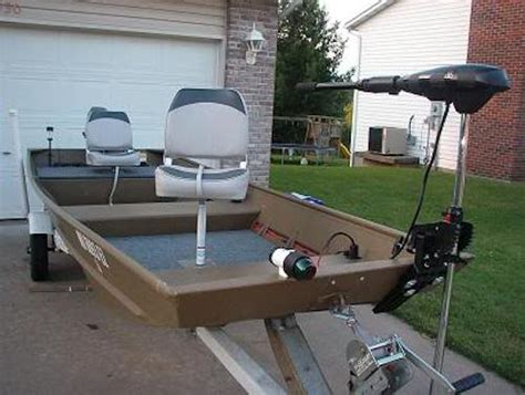 Jon Boat Carpet Ideas by 10 Decked Out Jon Boats You Ll Want For Yourself