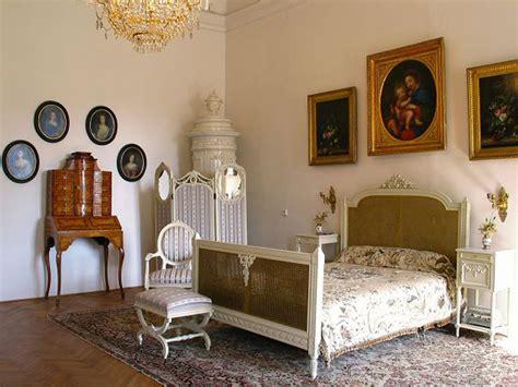 Rococo Inspired Bedroom Design Ideas   InteriorHolic.com