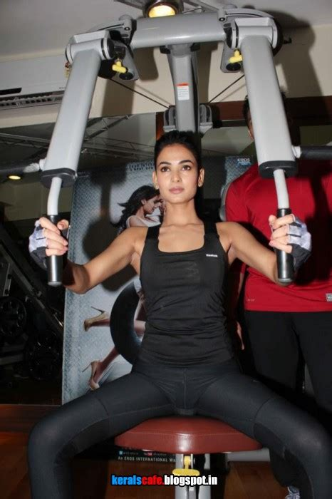 sonal chauhan gym workout hot gallery kerals cafe