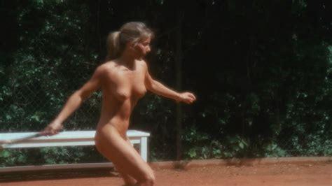 nackt Pinvidic Margot Margot Robbie