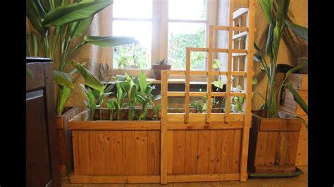 pallet wood corner trellis planter  indoor winter