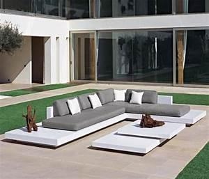 Salon Exterieur Design : mobilier d exterieur luxe ~ Teatrodelosmanantiales.com Idées de Décoration