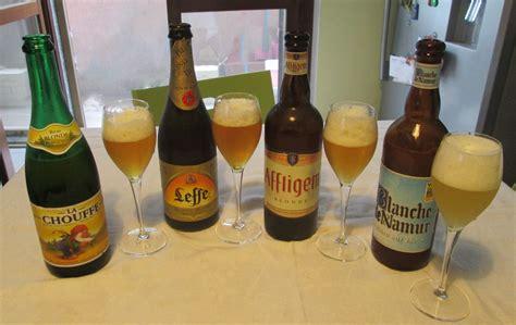 bicchieri belga belga a portata di carrello fresco e sapido