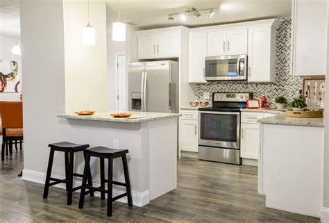 used kitchen cabinets ta best 25 10x10 kitchen ideas on small i shaped 6733