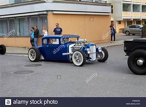Ford 1930 Hot Rod : 1930 ford model a coupe hot rod stock photo 86568071 alamy ~ Kayakingforconservation.com Haus und Dekorationen
