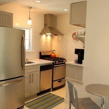 Small Beach Cottage Kitchens Design Ideas