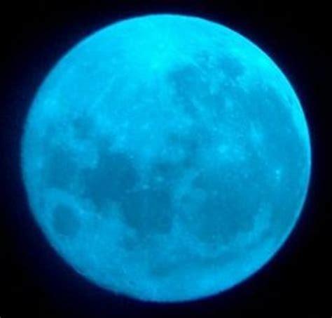 Very Rare Blue Moon Will Light Up New York on Halloween