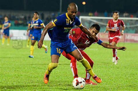 Pemain Persipura Jayapura Akui Bola Sepak Malaysia Lebih