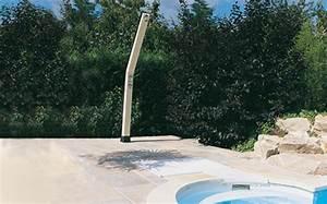 Douche Extérieure Pour Piscine : douche solaire desjoyaux bon pour vous et pour la plan te ~ Edinachiropracticcenter.com Idées de Décoration