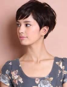 coupe cheveux courte les 25 meilleures idées de la catégorie cheveux court femme sur