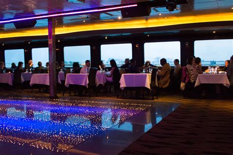 Night Boat Cruise In Chicago by Things To Do In Chicago Odyssey Dinner Cruise