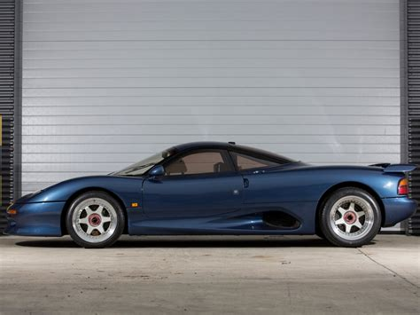1990 Jaguar XJR-15 Wallpapers & HD Images - WSupercars