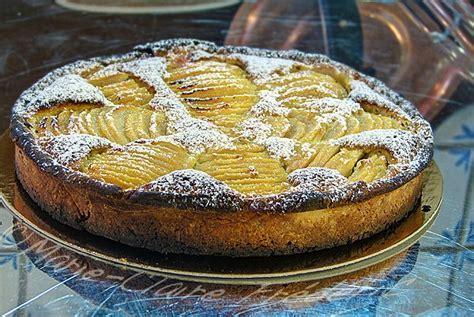 dessert avec des poires fraiches tarte bourdaloue aux poires magnifique dessert d automne du miel et du sel