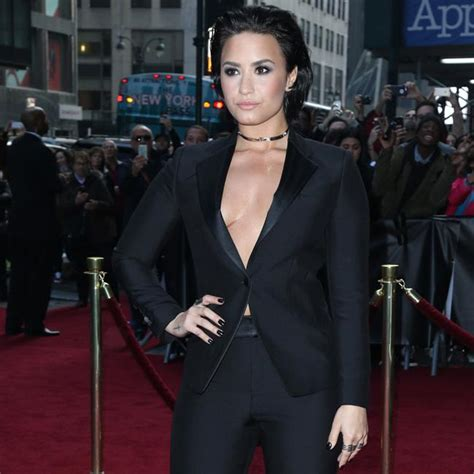 Demi Lovato Bedroom by Demi Lovato Won T Listen To Own Songs In The Bedroom