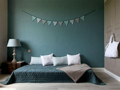 deco chambre d amis 30 idées et conseils pour décorer une chambre d 39 amis