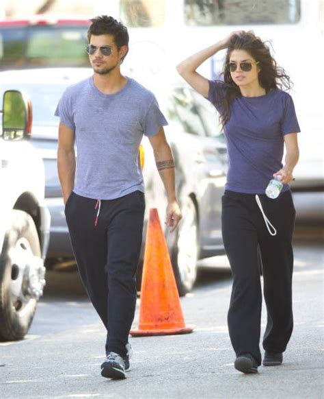 taylor lautner e marie avgeropoulos