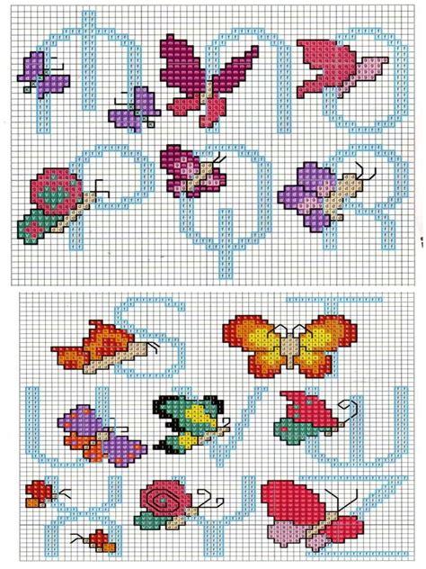 lettere dell alfabeto a punto croce punto croce alfabeto con le farfalle
