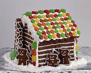 graham cracker gingerbread houses with pictures With gingerbread house decorating ideas easy