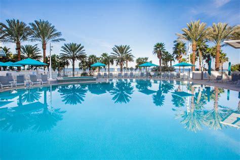 amenities at wyndham clearwater beach resort