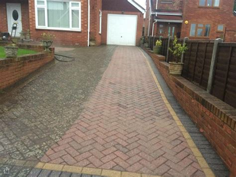 driveway block paving cleaning herefordshire drive