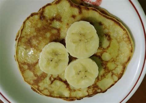 Resep kreasi pancake yang satu ini sempat viral beberapa waktu lalu karena teksturnya yang superlembut dan bentuknya. Resep Pancake Pisang sederhana (snack mpasi 11m+) oleh BiBun Una - Cookpad