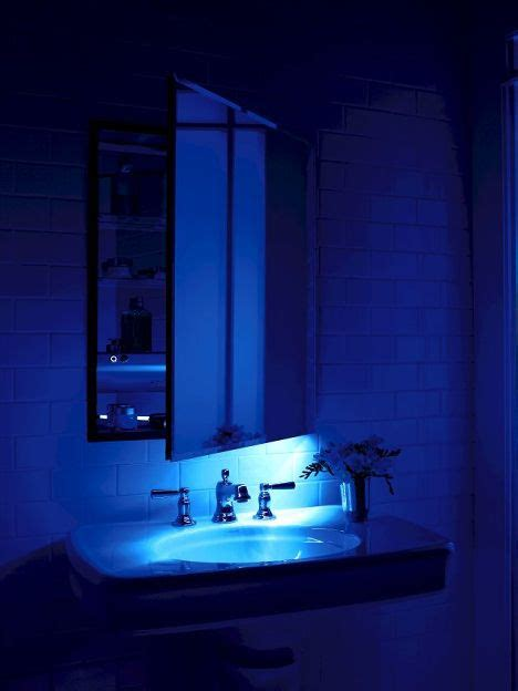 robern lighting robern m series mirrored cabinet with an integrated led