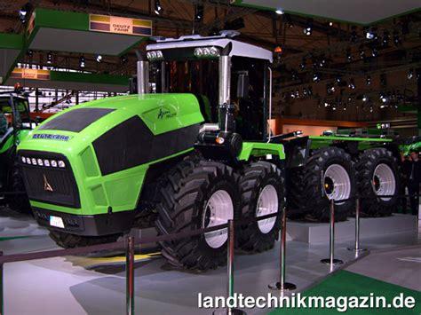 agritechnica russische traktoren für deutsche xl bild 1 mit dem auf der agritechnica 2009 als prototyp