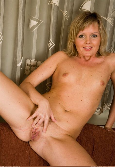 Pic. #Naked #Housewife051713, 398141B – Naked housewives 2
