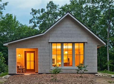 Go Logic 1,000 sq ft Prefab Home - ModernPrefabs ...
