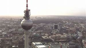 Centre Ville Berlin : berlin centre ville vue a rienne hd stock video 140 626 007 framepool stock footage ~ Maxctalentgroup.com Avis de Voitures