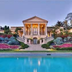 stunning pictures of mansions 54 stunning homes mega mansions from social media