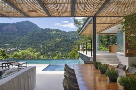 cuisine d été moderne piscine à débordement cuisine d été et vue spectaculaire