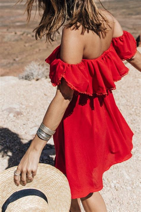 25 Wonderful Off Shoulder Dresses to Try | Styles Weekly