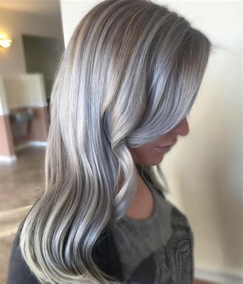 Light Silver Hair by 30 Shades Of Grey Silver And White Highlights For Eternal