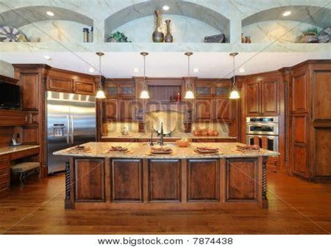 Kitchens modern high end, high end modern kitchen cabinets