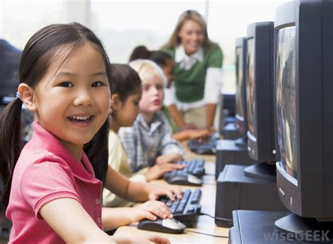What Are The Advantages Of Online Elementary School?