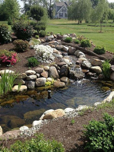 bachlauf anlegen lebendig garten bachlauf anlegen wasserfall garten wassergarten