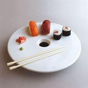 Assiette Creuse Design : assiette design ~ Teatrodelosmanantiales.com Idées de Décoration
