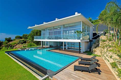 villa contemporaine avec piscine 224 tropez