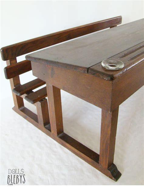 bureau pupitre bois pupitre bois vintage avec encriers grand modèle pour