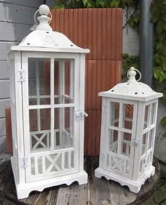 Große Laterne Windlicht : 2er set laterne windlicht holz metall antik wei h45 69cm ebay ~ Markanthonyermac.com Haus und Dekorationen