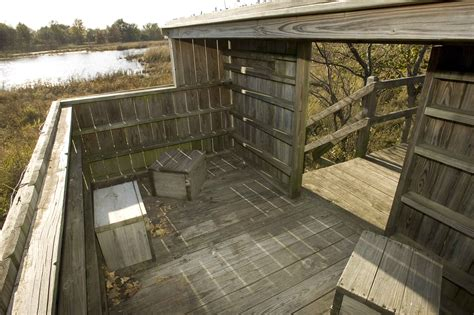 picture wooden structure observation duck blind