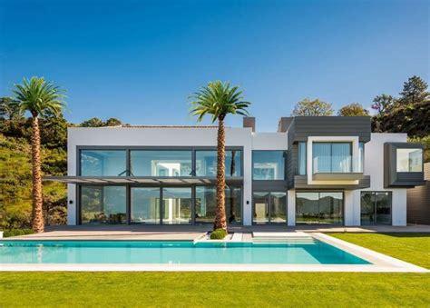 buyer house ultra modern mansion in la zagaleta panorama