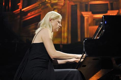 valentina lisitsa   pianist valentina
