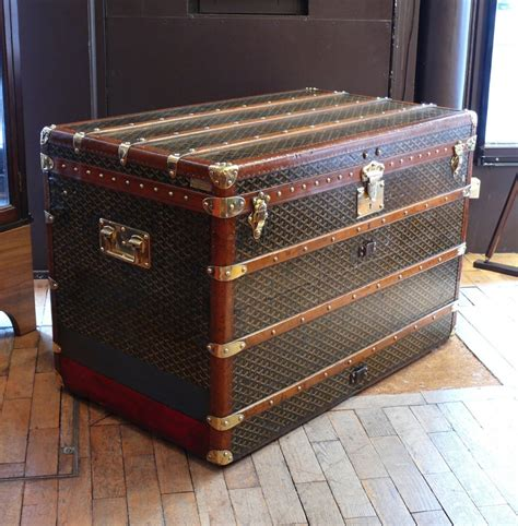 Large Bedroom Trunk by Goyard Large Steamer Trunk The Eaton Collection