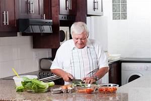 ManChef teaches Toronto men cooking basics | Toronto Star