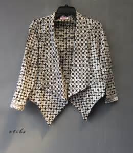 contoh model blazer batik dian pelangi modern terbaru