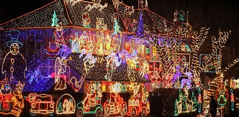 houses with amazing lights oversixty