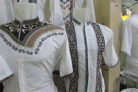 baju koko trendy syahdika tribal dua baju koko ini diprediksi jadi tren lebaran republika