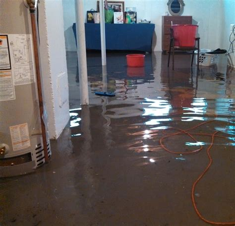 Hotwaterheaterfloodinginmichigan  Macomb County